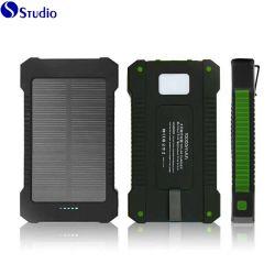Commerce de gros LED étanche au lithium-polymère Banque d'alimentation 10000 mAh Chargeurs solaires