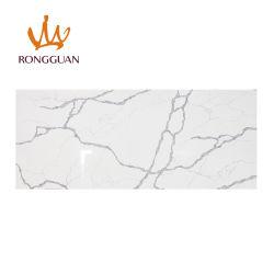 Foshan les matériaux de construction Comptoir de cuisine haut de la vanité de table blanc artificielle Calacatta Quartz dalle de pierre Surface solide