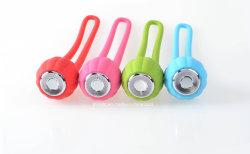 Mini altoparlante wireless in zucca con alimentazione USB impermeabile antipolvere Carica LED torcia e TF carta giocare