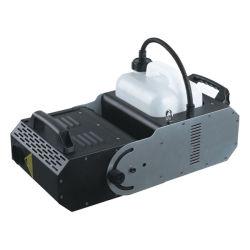 Capacité 6L mode DMX512 2000W le déplacement de la tête de la machine de brouillard