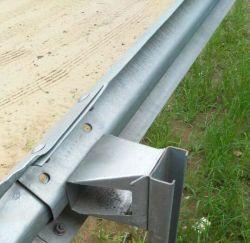 Boîte de trapézoïdal entretoise Crash barrière de la borne de fin de l'autoroute rambarde