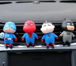 Decorazioni interne del fumetto del superman del capitano America dello Spiderman dell'ordinanza della bambola dello scarico dell'aria del profumo dell'automobile creativa della clip