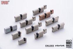 O cilindro de bloqueio de perfil do euro para a fechadura da porta um graminho