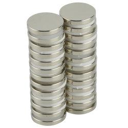 Forti magneti eccellenti del disco D30X3 del neodimio con i magneti scientifici del mestiere e dell'ufficio del frigorifero adesivo a doppia faccia