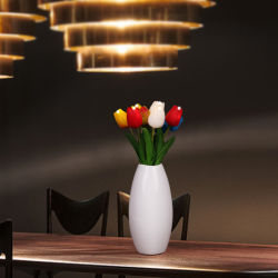 Plugue USB Artificial LED Tulip Flower Luz com vaso de cerâmica