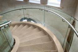Kundenspezifisches Shape Hot Bending Glass /Curved Glass Table für Home Furniture/Balustrade