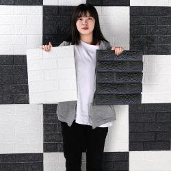 De kleine Stickers van de Muur van de Grootte Zelfklevende maken 3D Behang van de Baksteen voor de Decoratie van het Huis waterdicht