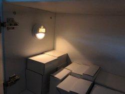 Светодиодный ночник цифровые часы на стене с помощью металлической наклейку