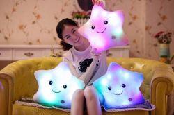 Jouets de Noël de lumière LED étoiles oreiller moelleux pour les enfants