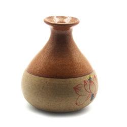 Antiek Chinees die Lotus op de Ceramische Vaas van de Oppervlakte wordt afgedrukt