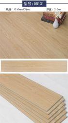 SPC van de Planken van 5mm klikt VinylBevloering van de Steen van de Vloer van het Slot de Plastic Samengestelde