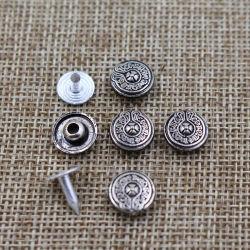 Klinknagels van het Metaal van het Kledingstuk van het Patroon van de Bloem van de voorraad de Antieke voor de Zakken en de Jeans van het Leer
