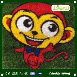 Utilização inicial dos desenhos animados personalizados decorativos Tapete de grama