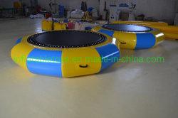 Надувные прыжки с плавающей запятой игры надувной батут водных видов спорта