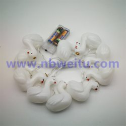 中国の製造1.5m IP44 8モードの電槽が付いている10のLEDの白鳥ストリングライト