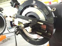表面仕上げツールを処理する厚い壁の大口径の管のフランジの表面