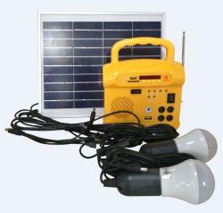 6W 10W du système solaire portable générateur pour l'éclairage domestique avec radio USB MP3