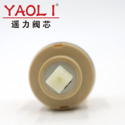 Footed/164 SanitarywareのYlg40-01 40mmの甲革のシールの陶磁器のカートリッジ