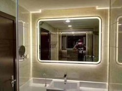 Leverancier 5mm van de Spiegel van /Decorative van het Meubilair van de badkamers Zilveren Spiegel met LEIDEN Licht
