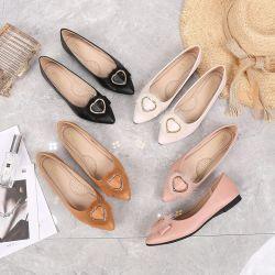 2019 neue Liebes-Faltenbildung-Haar-einzelne Schuh-flache Schuh-bequeme Gezeiten-Kursteilnehmer-Mädchen-Schuhe bearbeiten beiläufige Schuh-Frauen-Kleid-Schuhe