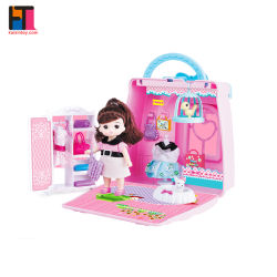 Het gelukkige Speelgoed van het Huis van Doll van de Reeksen van het Meubilair van de Familie Plastic Kleine voor Meisjes