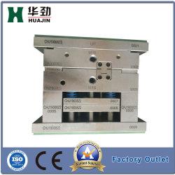 Conectores de tubos de plástico de médicos y molde de moldeo por inyección
