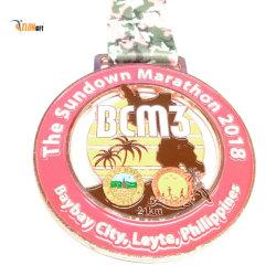 De gouden Antieke Zilveren Medaille van de Sporten van het Ras van het Muntstuk van het Metaal van de Marathon van de Voetbal Lopende