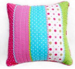 Neuer Entwurf gesteppter Kissen-Deckel für Größe 50*50cm mit der Baumwollstickerei populär in China