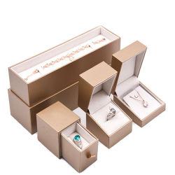 Personalizados de lujo Joyas de plástico Anillo de caja para pendientes collar