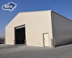 Сборные дома на заводе рабочее совещание в готовности стали сегменте панельного домостроения в здании склада дизайн