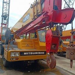 Utilisé le Japon a fait de la KATO NK250 camion grue de 25 tonnes