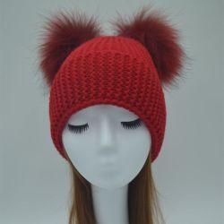 低価格の女性ののどの毛皮のポンポンが付いている擬似毛皮の帽子のマフラー