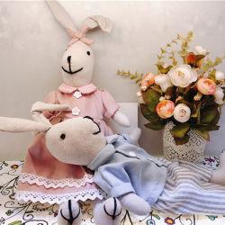 Groothandel aangepaste zachte lover Bunny Stuffed Promotie Gift pluche Rabbit Speelgoed