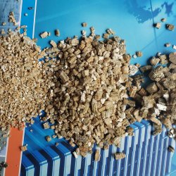 A fábrica fábrica profissional agrícola de Horticultura vermiculita Golden vermiculita expandida 1-3mm &2-4 mm