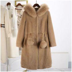 تصميم جميل الطوق الخجول الطوق الخالي 100 ٪ Wool Luxury Women ملابس رفع الموضة وتشيم عودة الفور