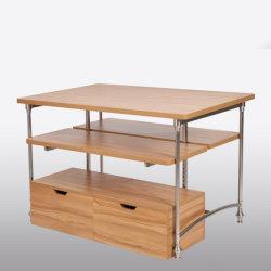 좋은 품질 조정가능한 나무로 되는 옷 전시 테이블을 저장하십시오