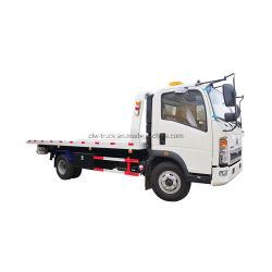 Elevatore di ripristino di rimorchio del Wrecker della base piana delle rotelle della Cina HOWO 6 un'automobile in camion di rimorchio piegante della gru del braccio di telecomando