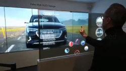 55-дюймовый напольная подставка Ультра тонкий сенсорный OLED-Interactive 4K прозрачного стекла с Android плеер и 4G WiFi факультативного