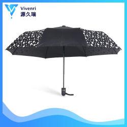 Ändernde Regenschirm-Automobil-geöffnete magische Regenschirm-Schwarz-Blumen färben