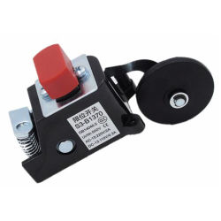 Часть элеватора предохранительным устройством и концевой выключатель