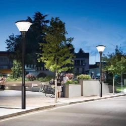 2020 двор оформлены на солнечной энергии светодиодные лампы фонаря направленного света в саду