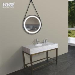 Solide des lavabos de surface du bassin de la salle de bains avec LED jeux de miroirs