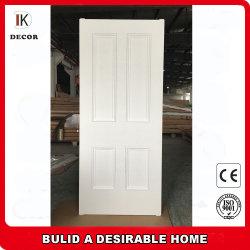 Apprêt blanc à quatre panneaux de porte en bois