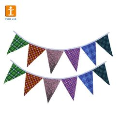 Tissu de polyester Personnalisé Papier de PVC Bunting drapeaux/le tissu de polyester Triangle de plein air Décoration pavillon de jardin