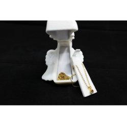 I monili bianchi del velluto di nuovo angelo di lusso squillano la scatola di presentazione della collana