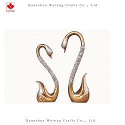 Los regalos de boda resina Multicolor Swan par la figurilla