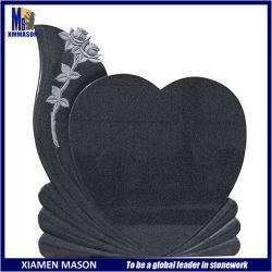 قلب عمودي جميل على شكل حجر الجرانيت الأسود مع نحت الوردي