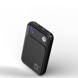Nouvelle entrée de Type C Mini Taille affichage led chargeur portatif batterie polymère 5000 mAh