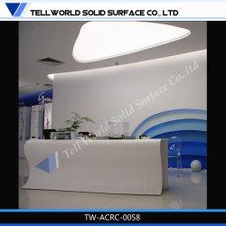 Disegno bianco dello scrittorio anteriore del contatore di ricezione dell'ufficio della mobilia di superficie solida acrilica