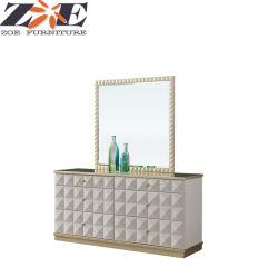 Chambre De luxe couleur dorée solide châssis en bois d'une coiffeuse avec miroir